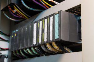 Программирование программируемых логических контроллеров (ПЛК)